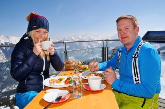 © Riesneralm - Skihütte Hochsitz - Höhen-Frühstück