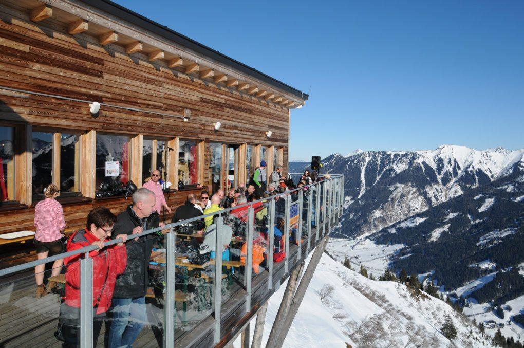 © Ski Riesneralm - ORF Winterzauber & Gipfelparty Besenkracher