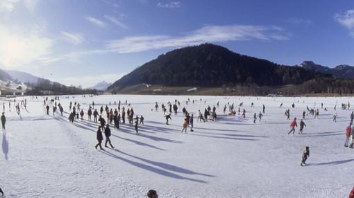 Eislaufen am Putterersee - Aigen im Ennstal