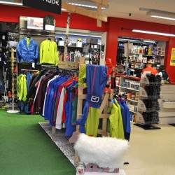 Ski- und Snowboardverleih, Sportshop Sport Scherz - Riesneralm